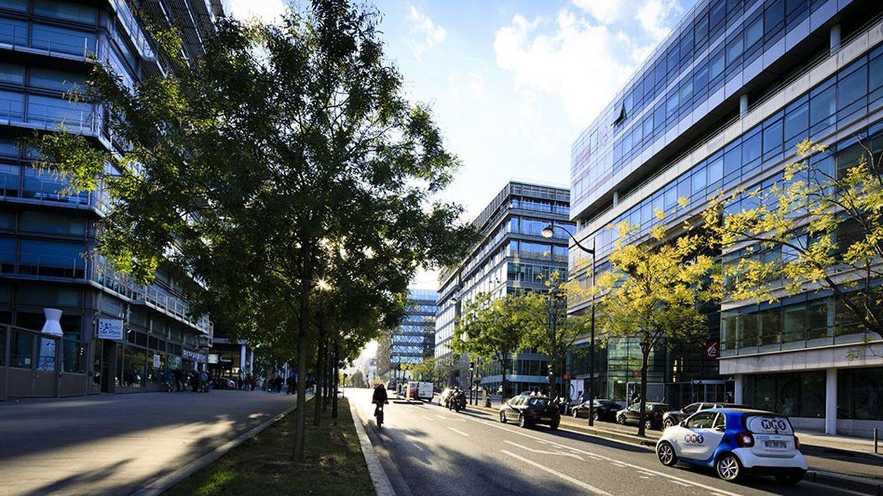 Paris est le marché de bureaux le plus vaste d'Europe continentale - et de la communauté européenne en cas de Brexit--, et dispose d'un réservoir profond (ici la ZAC Rive Gauche, Avenue de France dans le 13eme arrondissement).