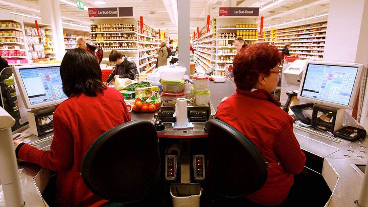 Les dizaines de milliers de salariés de la distribution percevant moins de 50.000euros de salaire annuel brut toucheront une prime exceptionnelle.