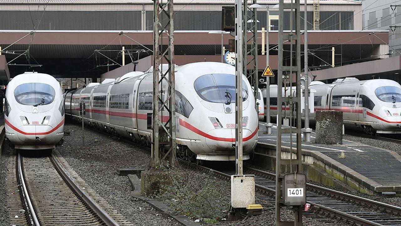 L'embauche de 22.000 salariés en 2019 doit permettre au groupe ferroviaire de mieux répondre à la hausse du trafic sur ses lignes.