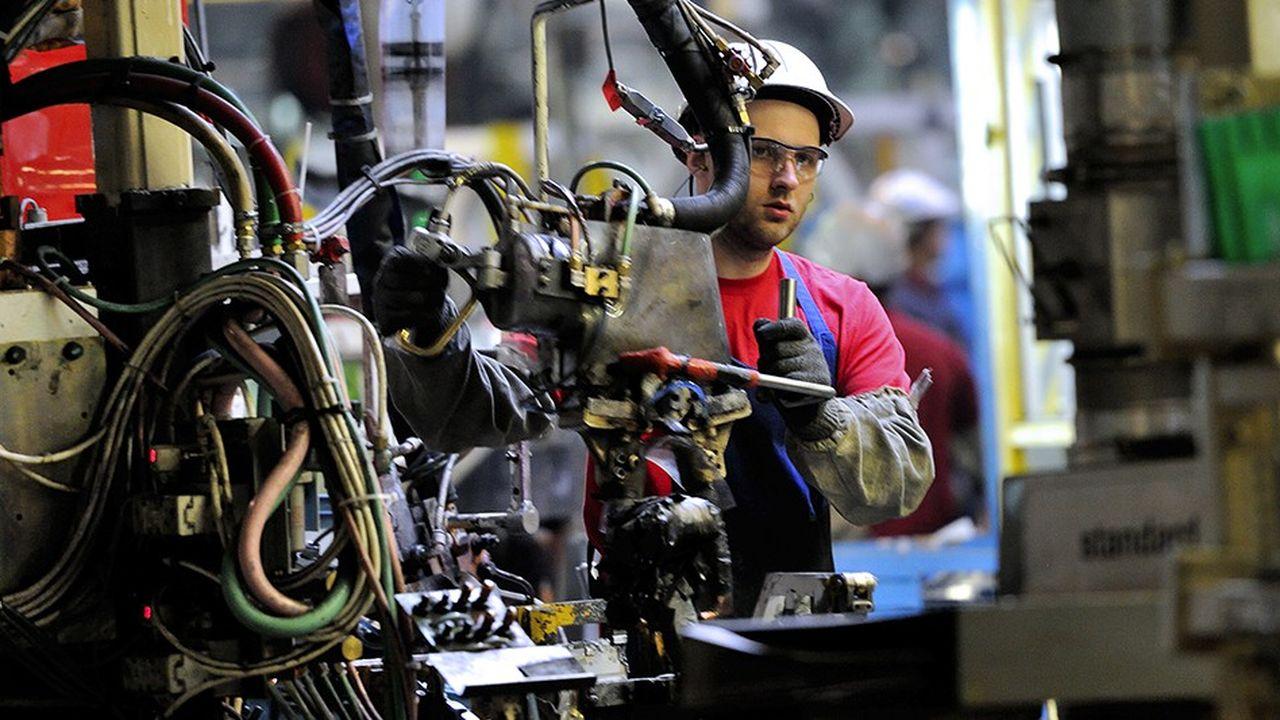 Selon le cabinet EY, la France reste le premier pays d'Europe en termes de projets d'investissements étrangers dans l'industrie. L'an dernier, le japonais Toyota avait annoncé 300millions d'euros d'investissements dans son usine de Valenciennes.