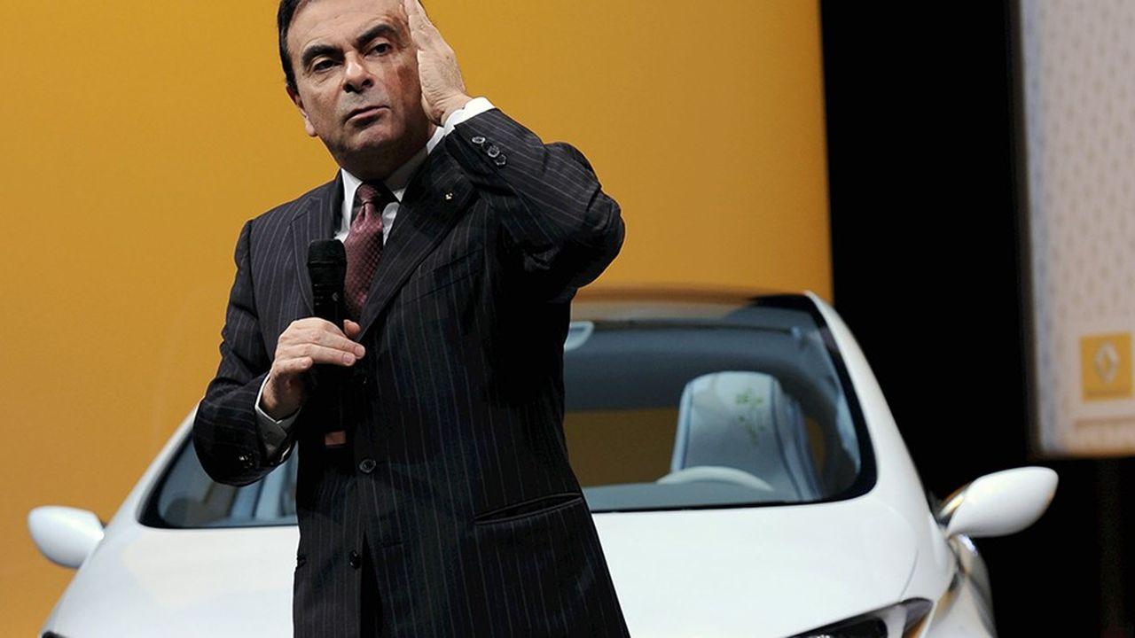 Au volant de Renault depuis 2005, Carlos Ghosn est en passe de perdre son poste à la suite d'une enquête interne de Nissan, qui fait scandale et qui l'a conduit à être emprisonné au Japon.