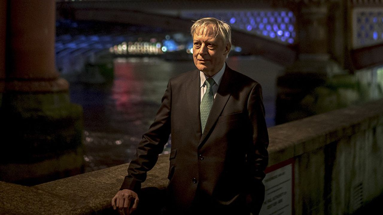 Christian Noyer, ancien gouverneur de la Banque de France, à Londres en décembe 2017.