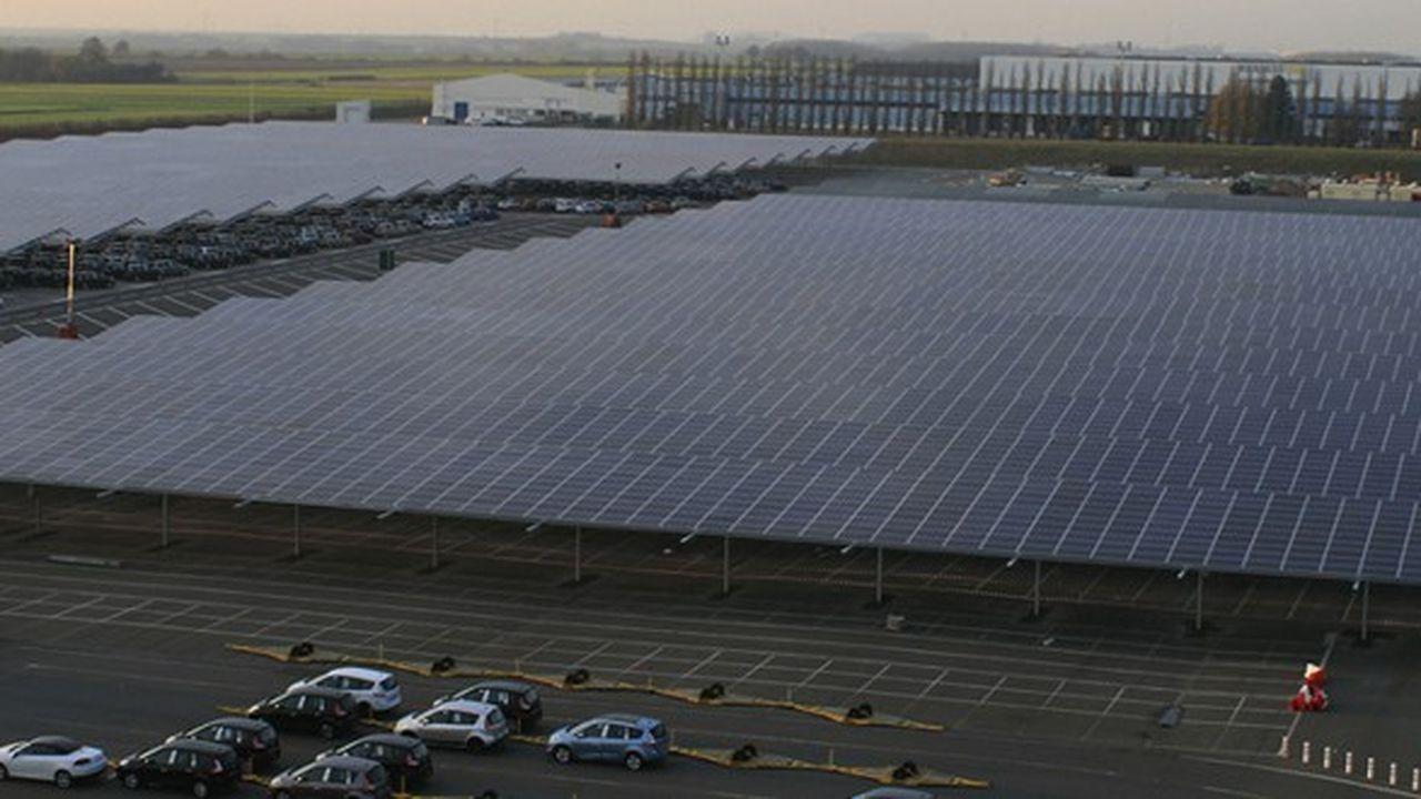 Trina Solar, l'un des grands producteurs mondiaux de panneaux photovoltaïques, a annoncé son intention de se lancer dans le développement de projets solaires en France.