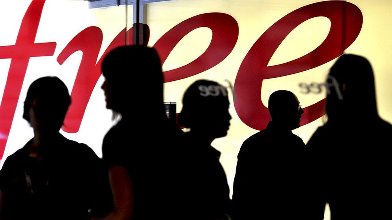 Free est le deuxième opérateur français à dépasser le cap du million d'abonnés à une offre fibre, après Orange