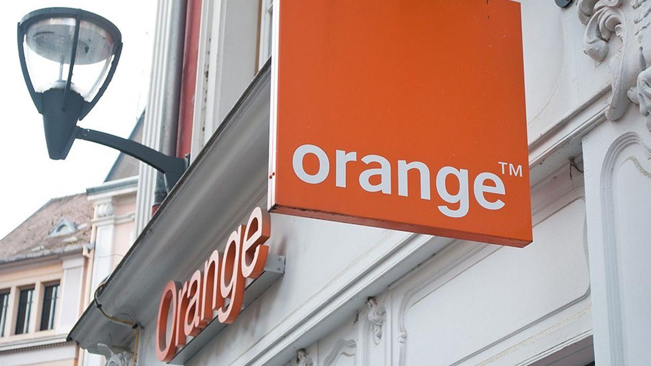 En tant qu'héritier du réseau cuivré de France Télécom, Orange est tenu de laisser ses concurrents y accéder à des conditions définies par le régulateur.