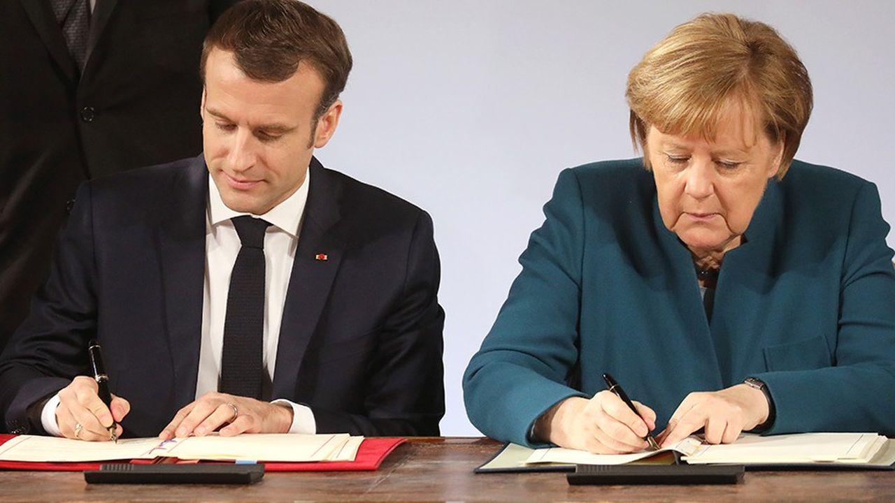 Cinquante-six ans après la signature par le général de Gaulle et Konrad Adenauer du Traité de l'Elysée, point de départ de la réconciliation franco-allemande après la deuxième guerre mondiale, Angela Merkel et Emmanuel Macron ont signé un nouveau traité, mardi à Aix-la-Chapelle.