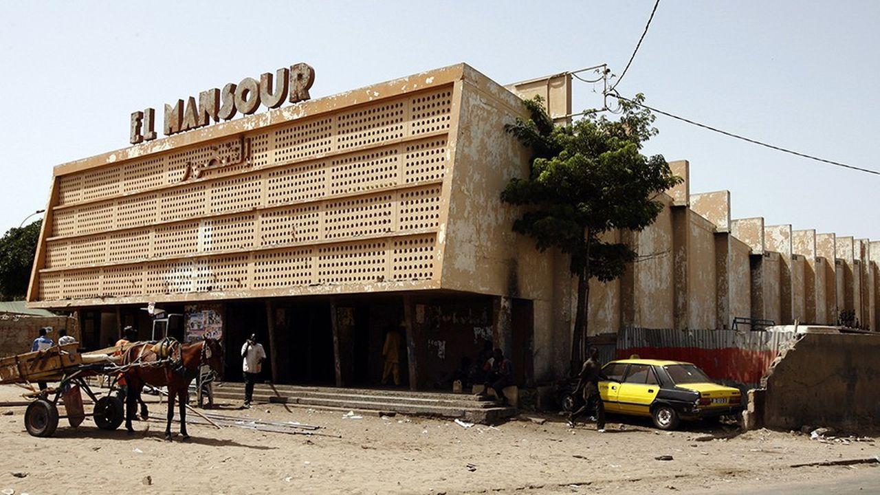 C'est à l'emplacement du cinéma El Mansour, dans le quartier populaire du Grand-Dakar, que va ouvrir en avril prochain le premier Supeco africain, le format du supermarché hard discount qu'entend développer CFAO en Afrique de l'Ouest.