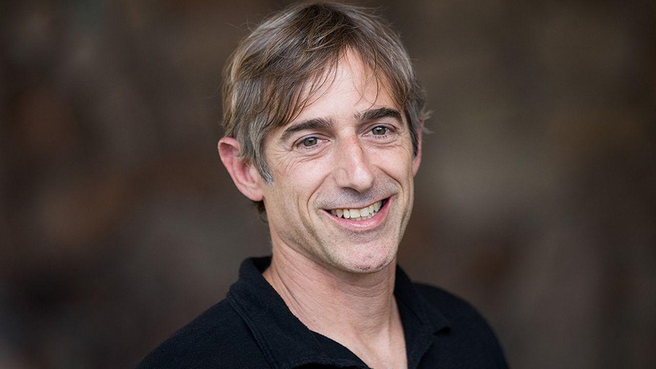 Avant de créer Zynga en 2007, Mark Pincus (photo) a réalisé quelques beaux coups comme son investissement dans Facebook.