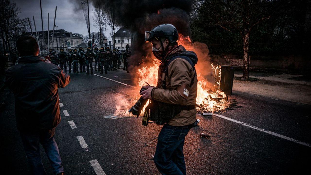 Plusieurs journalistes ont été victimes de violences lors des manifestations des «gilets jaunes»