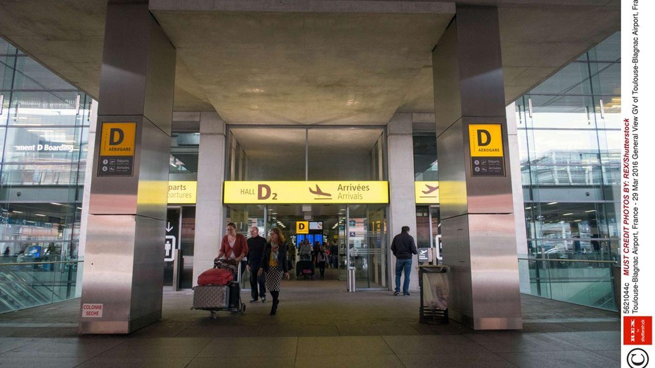 Le maire de Toulouse appelle au maintien d'une «majorité publique» au sein du capital de l'aéroport.