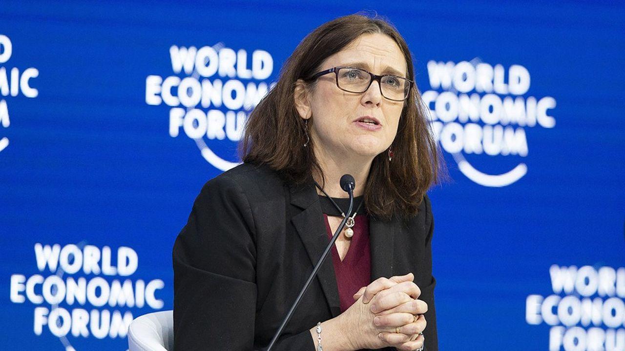 A Davos, la commissaire européenne au commerce, Cécilia Malmström, a annoncé le lancement des discussions sur la régulation du commerce en ligne avec 47 pays.