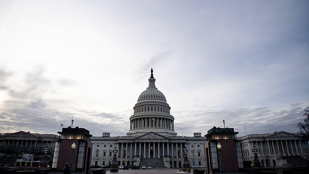 La fermeture partielle des administrations américaines est entrée dans son 33e jour ce jeudi