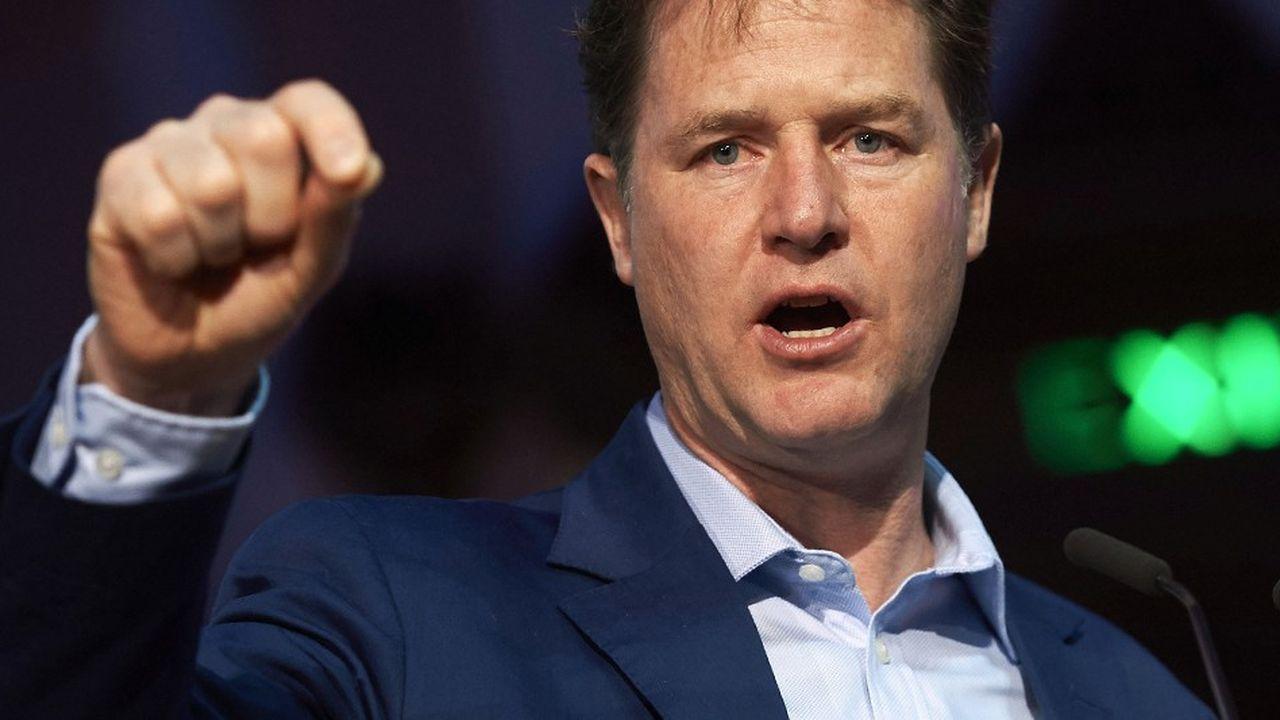 Nick Clegg, désormais vice président de la communication de Facebook, a martelé à Bruxelles la volonté du réseau social d'être transparent