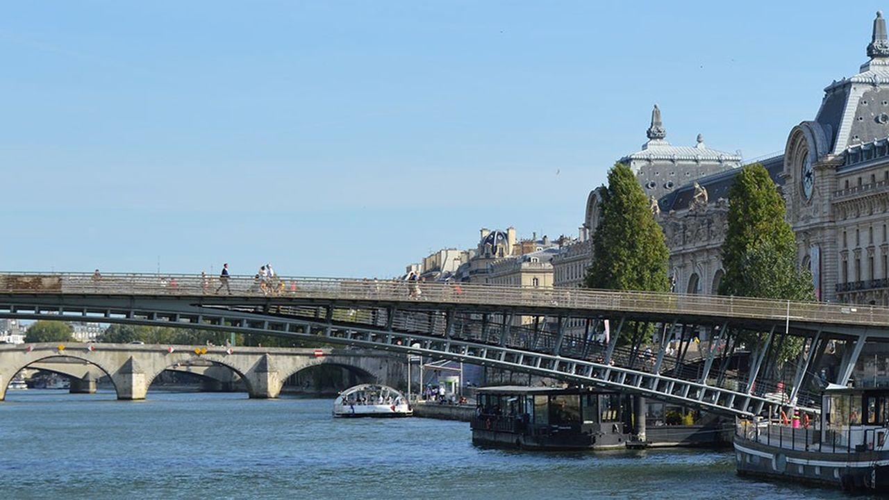 L'agence régionale, créée au printemps 2017, a ouvert des locaux à Paris, dans le 7e arrondissement, pour accueillir en priorité les entreprises adhérentes à l'agence.