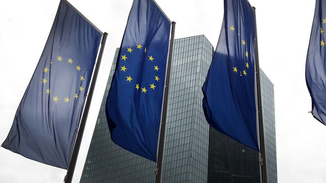 Il faudrait relâcher la politique monétaire en zone euro.