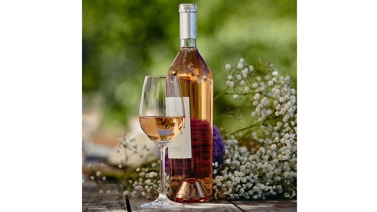 Le salon mondial du vin biologique se tient à Montpellier, avec 1.200 exposants provenant de 22 pays jusqu'au 30 janvier