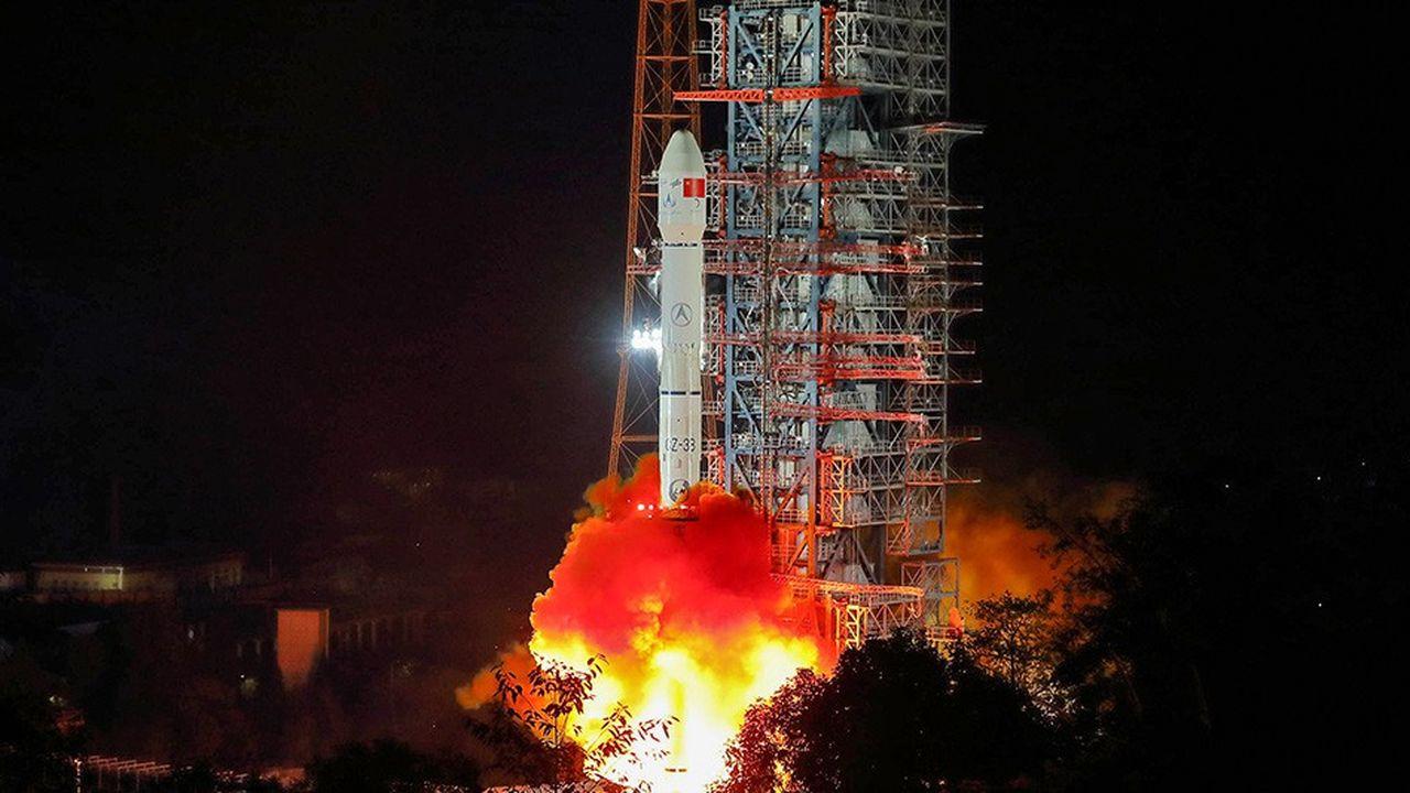 Lancement d'une fusée chinoise Longue Marche, le 8 décembre 2018. A son bord, un véhicule qui a été déposé sur la face cachée de la Lune, le 3 janvier.