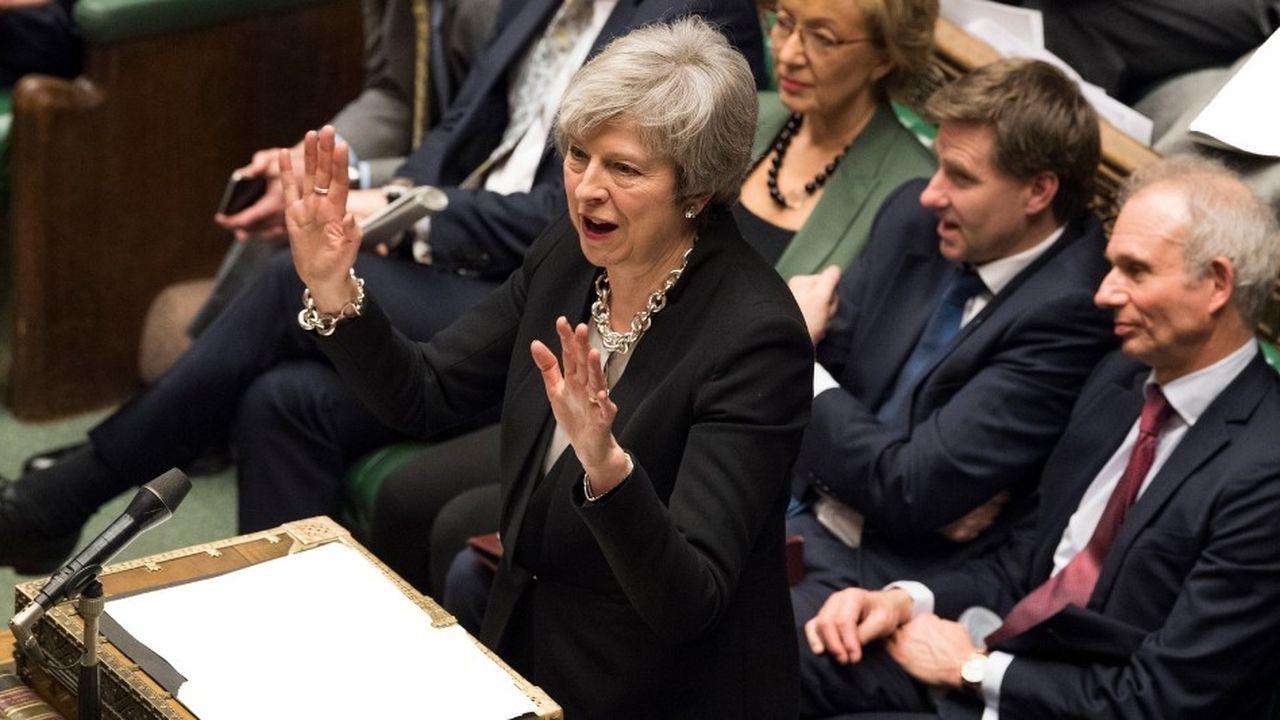 Theresa May a obtenu le soutien des députés pour renégocier l'accord de retrait signé avec l'Union européenne