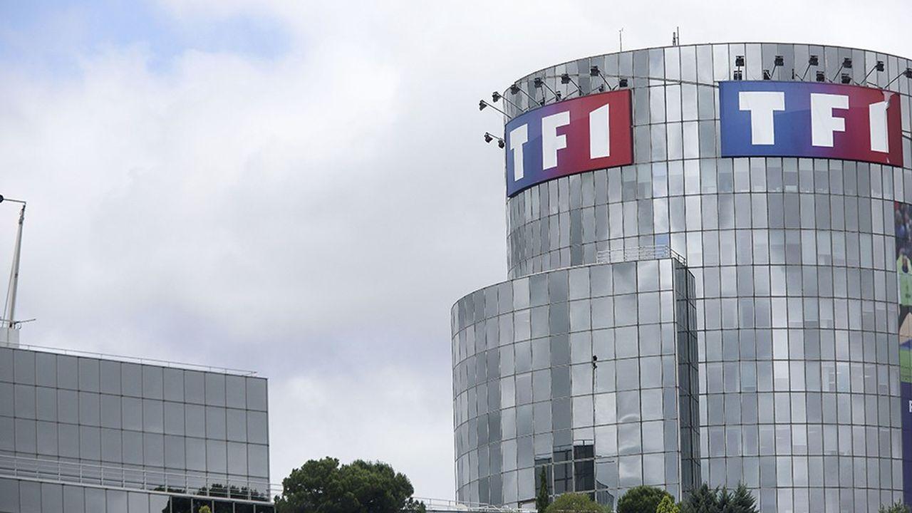 TF1 vend son activité de «commerçant» mais garde l'émission Téléshopping.