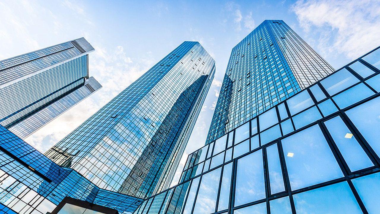 Les tours jumelles de Deutsche Bank ont été perquisitionnées en raison de soupçons de blanchiment d'argent liés aux «Panama Papers».