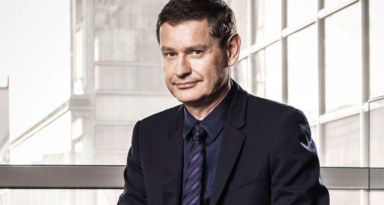 Le PDG de Cartier, Cyrille Vigneron, veut impliquer ses salariés dans la cause des femmes entrepreneuses.