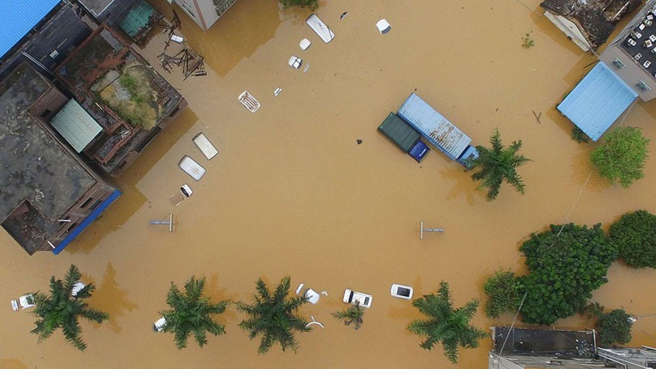 Le réchauffement climatique a des impacts lourds sur l'économie. Ici des inondations dans la province de Guangzhou en Chine en 2017.