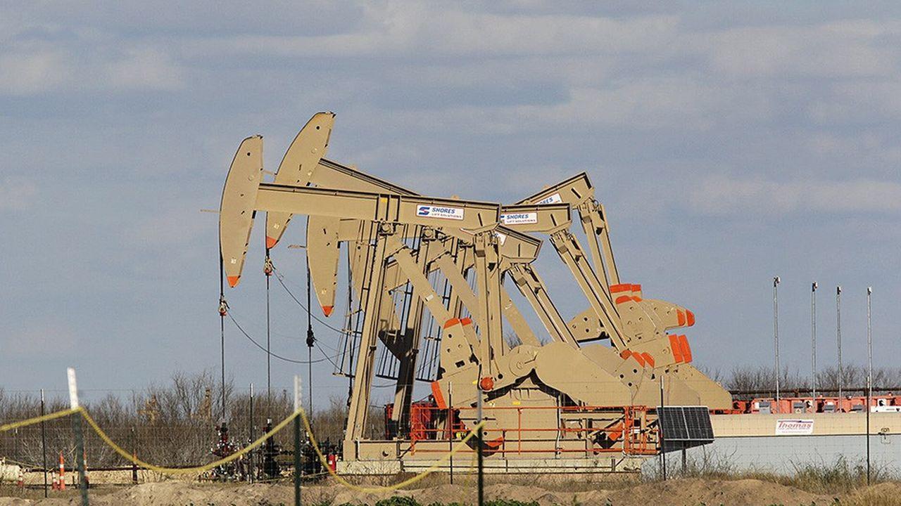 Longtemps dominé par des acteurs de taille petite et moyenne, le pétrole de schiste américain est devenu un terrain de jeu stratégique pour les grandes compagnies comme Exxon, Chevron ou BP.