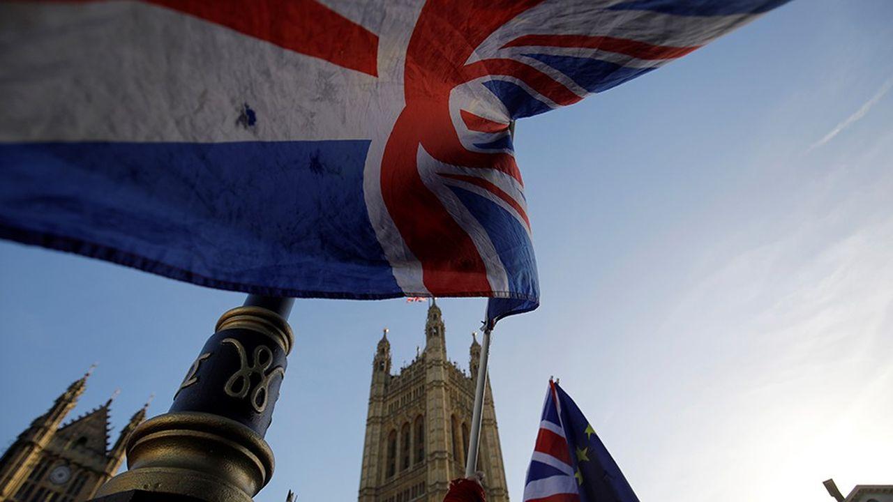 Les entreprises britanniques craignent un «no deal».Près d'un tiers envisage de relocaliser une partie de leurs activités hors de Grande-Bretagne selon un rapport de l'Institute of Directors.