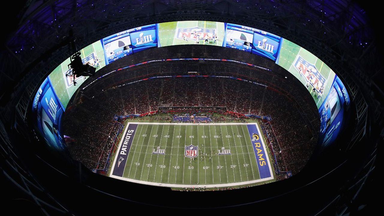 La chaîne CBS, qui a diffusé le célèbre match de football américain qui avait lieu dimanche, aurait vendu ses spots de 30 secondes pour un tarif compris entre 5,1 à 5,3millions de dollars «seulement»