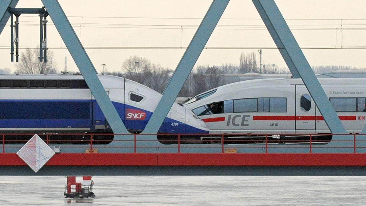 Siemens et Alstom semblent avoir fait leur deuil de l'opération. Les deux groupes ont certes soumis à la Commission européenne d'ultimes concessions il y a une dizaine de jours, « mais il s'agissait de gestes purement symboliques, histoire de marquer le coup », explique un expert du secteur. (Photo by / AFP) / Germany OUT