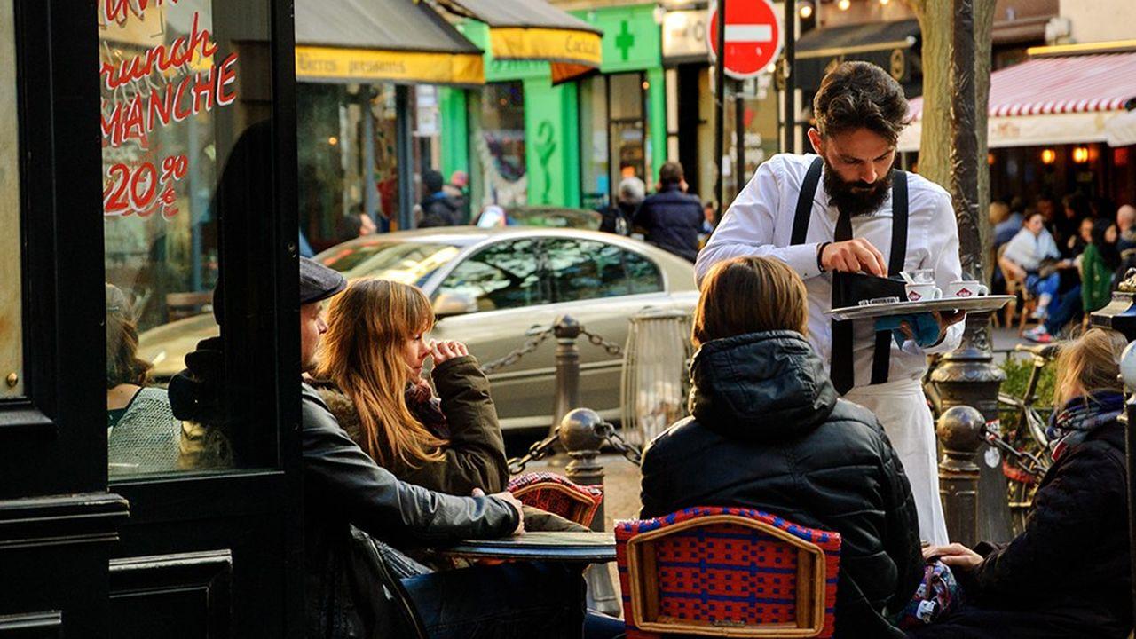Les contrats de moins d'un mois sont passés de 1,5million à 3,8millions en dix ans dans le secteur des cafés-hôtels et restaurants.