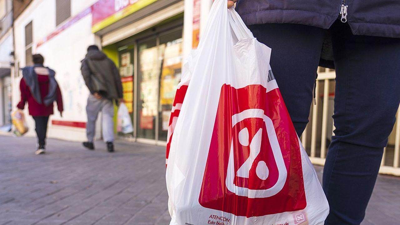 Selon l'investisseur russe, «Dia est passé à côté des principaux changements de tendance de consommation et ses performances ont été inférieures à celles de ses concurrents.»