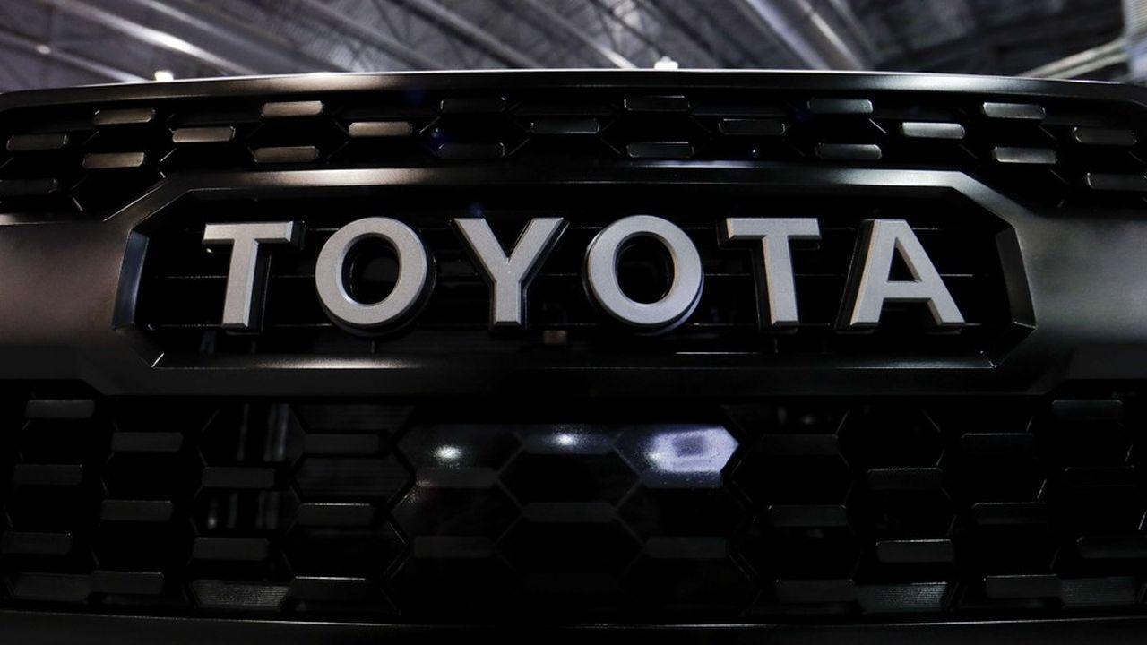 Toyota, qui fut longtemps le numéro un mondial, est maintenant sur la troisième marche du podium, derrière l'alliance Renault-Nissan-Mitsubishi Motors et Volkswagen