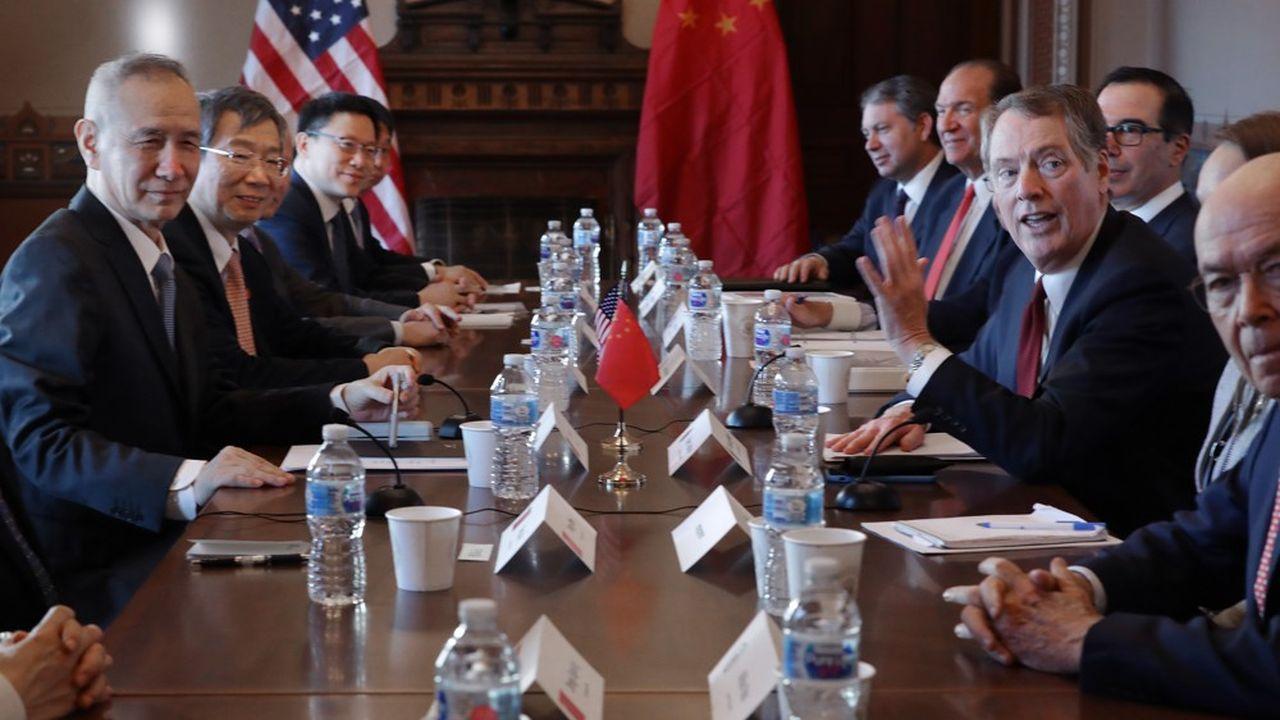 Le représentant au Commerce, Robert Lighthizer, le secrétaire d'Etat au Trésor, Steven Mnuchin, et d'autres responsables de l'administration Trump ont reçu la semaine dernière à Washington une délégation chinoise, dont faisait partie le vice-premier ministre Liu He