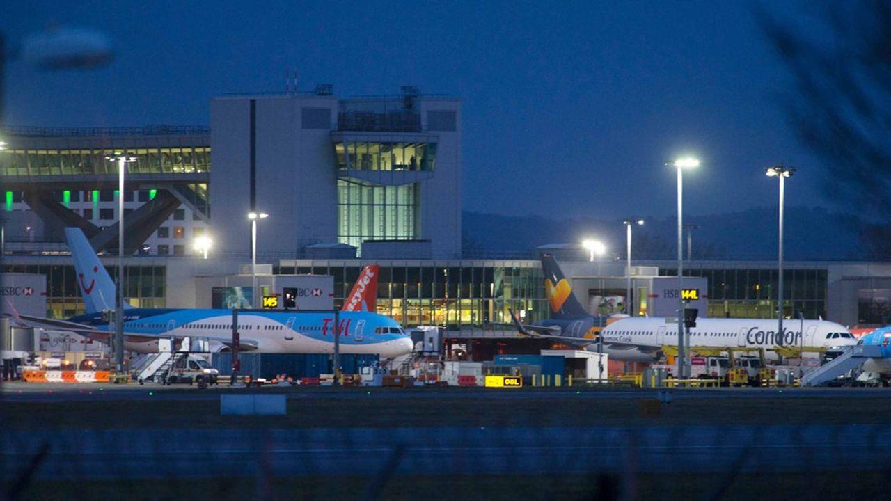 Le plus récent achat de Vinci aété, en décembre2018, l'acquisition de 50% de l'aéroport londonien de Gatwick pour 3,2milliards d'euros. Il constitue le 46e aéroport du portefeuille du groupe, déjà premier opérateur aéroportuaire privé mondial.
