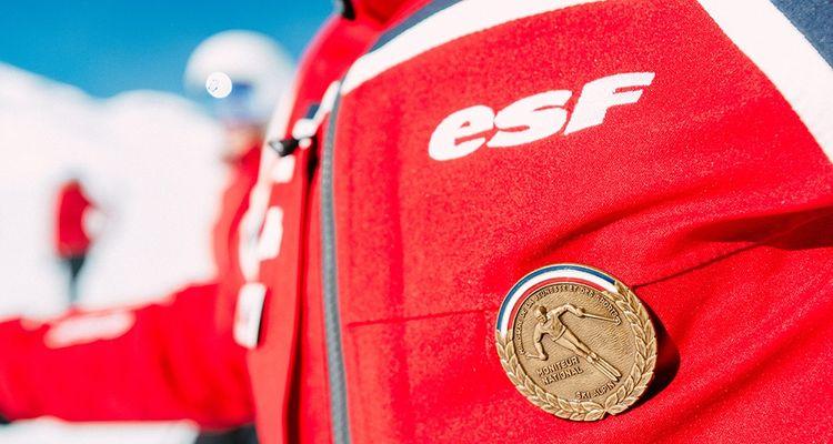 Les nouveaux diplômés décident de rejoindre l'ESF parce qu'il y a «des valeurs, une histoire», selon son patron.