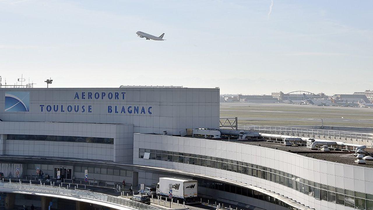 Casil Europe, l'actionnaire chinois à 49,99% de l'aéroport de Toulouse, a mandaté la banque Lazard pour céder ses parts.