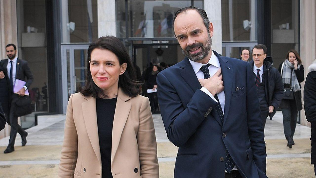 Edouard Philippe et la présidente LR de région Christelle Morancais vendredi à Nantes.