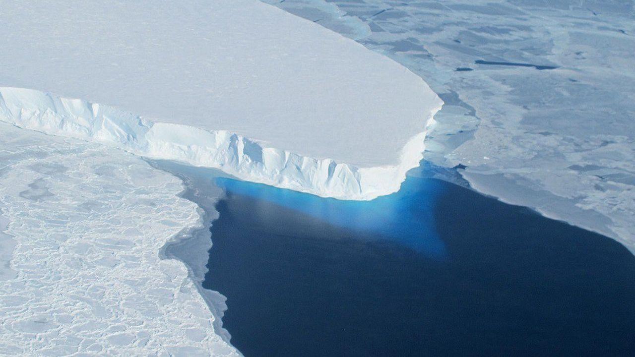 Le glacier Thwaites, dans l'ouest de l'Antarctique, est l'un des plus surveillé de la région en raison de son impact potentiel sur le niveau des mers