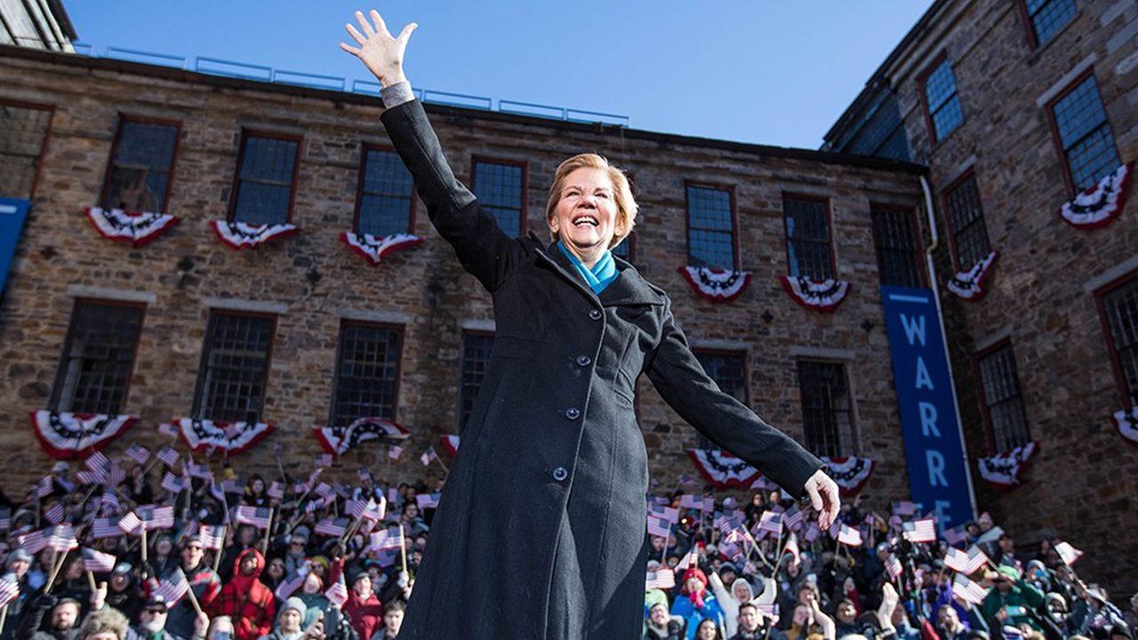 Elizabeth Warren a officialisé samedi à Lawrence, dans le Massachusetts, haut lieu des luttes ouvrières au XIXesiècle, sa candidature au sein du camp démocrate pour la présidentielle de novembre2020 face à Donald Trump.