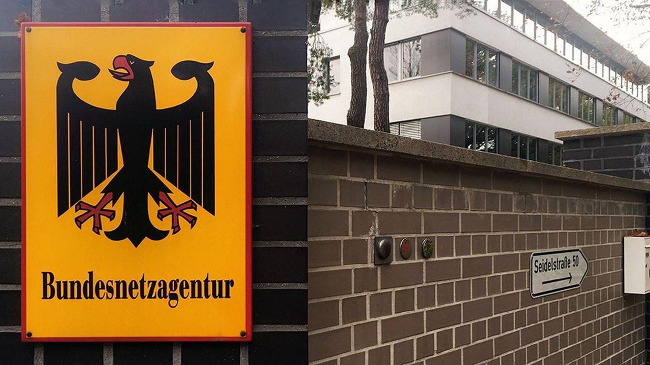 Le régulateur allemand des télécoms (Bundesnetzagentur) avait publié fin novembre les conditions d'attribution des fréquences, dont les enchères sont prévues en mars.