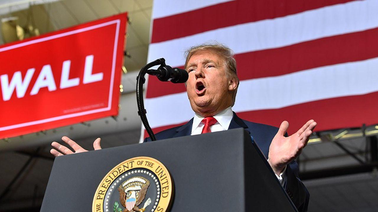 Donald Trump a mis l'accent sur sa politique migratoire, tout en ciblant ses adversaires, lors d'un meeting à El Paso.