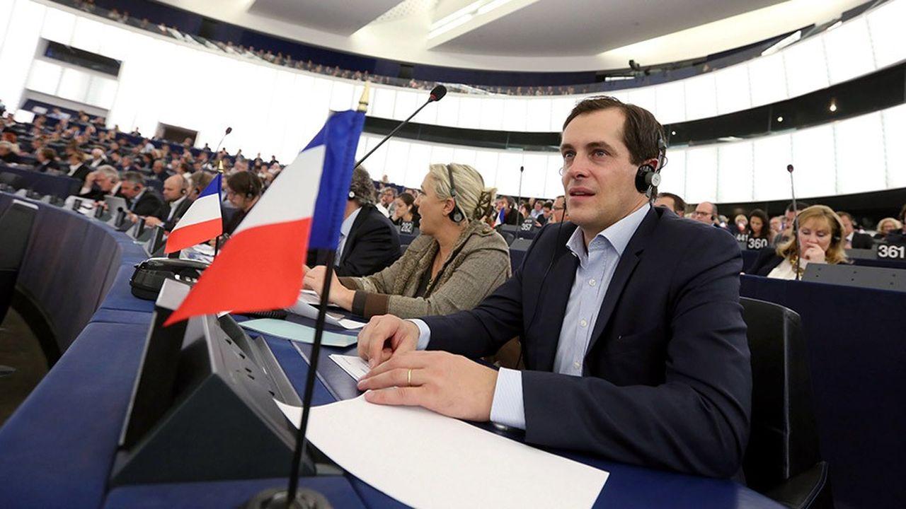 Nicolas Bay, vice-président du Rassemblement national (RN), est aussi vice-président du groupe de l'Europe des Nations et des Libertés (ENL) au Parlement européen.