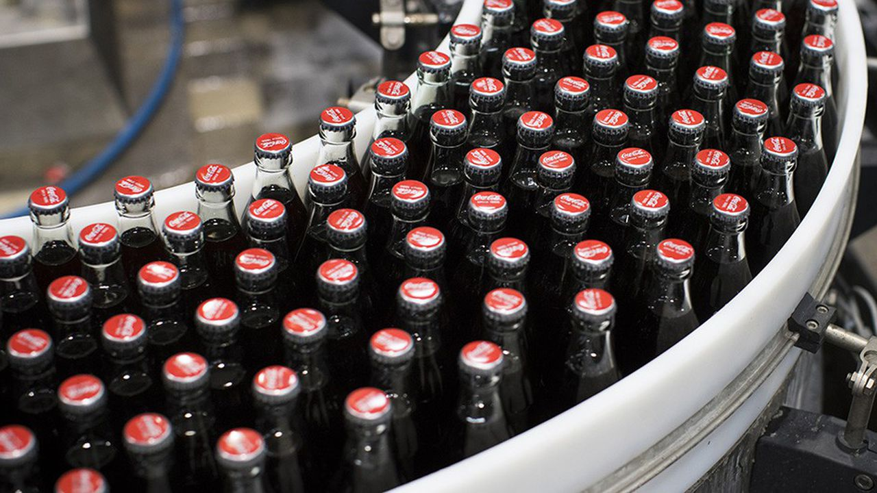 Coca-Cola mise sur la diversification pour faire face au ralentissement de la demande sur les sodas.