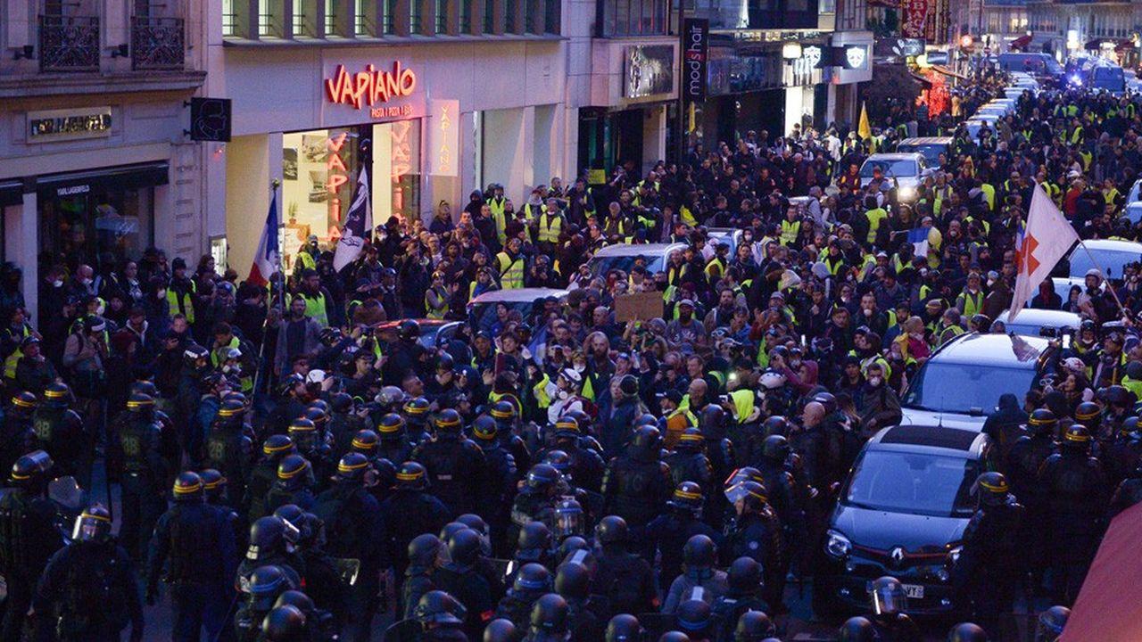 Le ministère de l'Intérieur a dénombré 41.500 manifestants dans tout le pays, soit 10.000 de moins que le 9février et près de 20.000 de moins qu'il y a deux semaines.