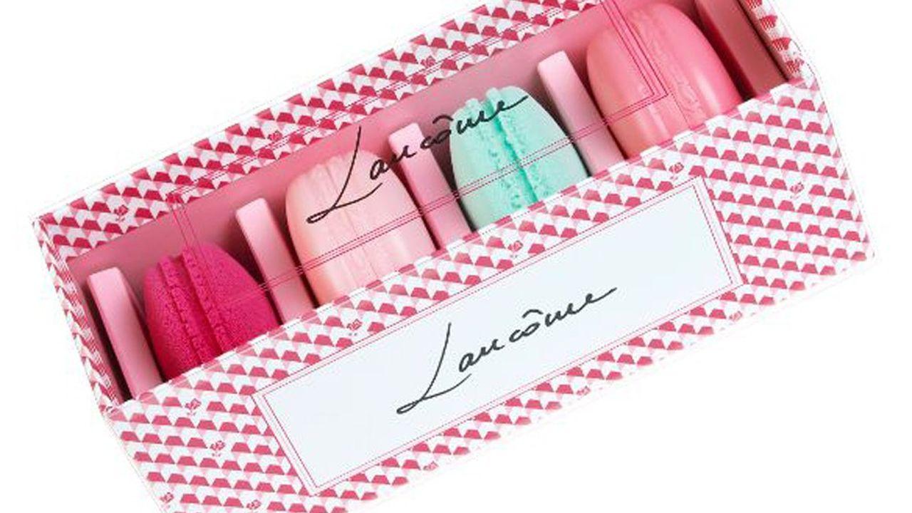 Boîte de Macarons Blush & Blender Lancôme.