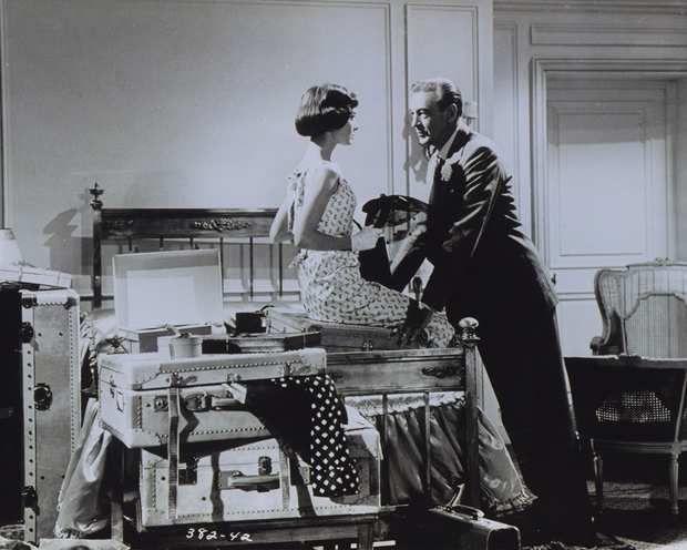 Audrey Hepburn et Gary Cooper jouant « Ariane » dans une chambre du Ritz dans les années 50.