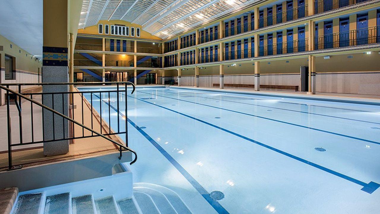 La mythique piscine Molitor, rue Nungesser et Coli.