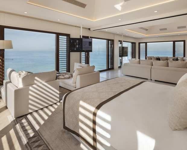 Chambre vue sur mer.