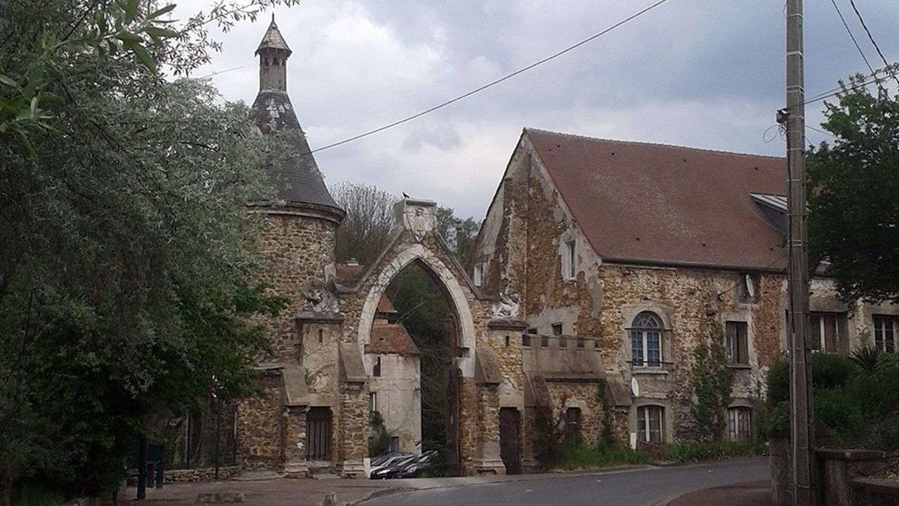 Construit au XVesiècle, le Moulin est aujourd'hui propriété de la municipalité.